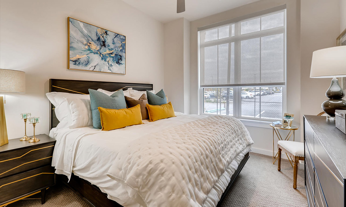Features 3 | Apartments Near Chicago
